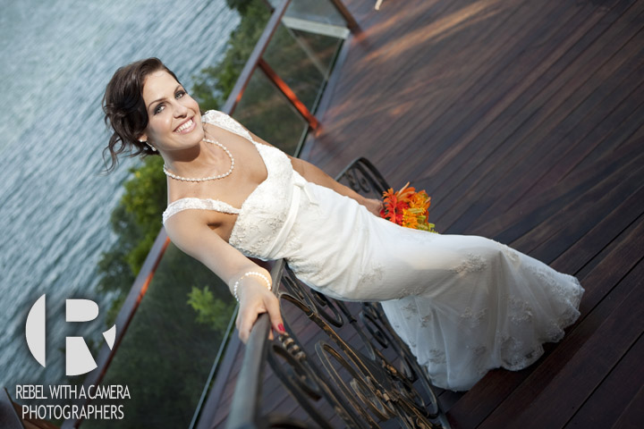 Gorgeous bridal portraits at Nature's Point on the shores of Lake Travis
